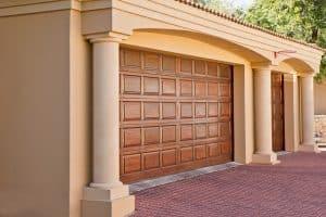 Tilt-Garage doors